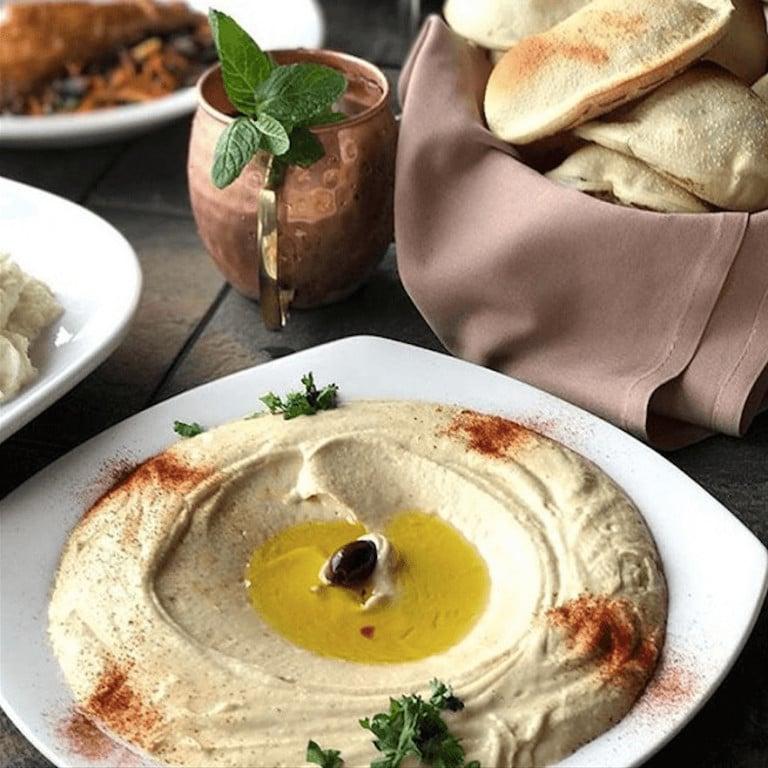 Delicious Hummus & Pittas, Lebanon
